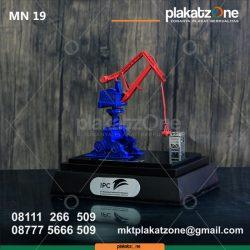 Miniatur Crane IPC Warna Eksklusif dan Unik